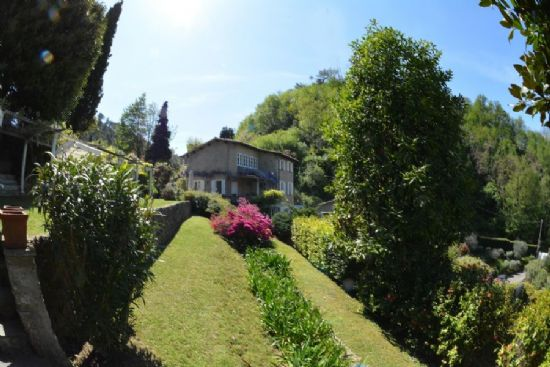 Villa Capriglia : detached villa  for sale  Pietrasanta