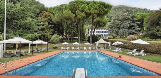Splendid historical manor house in Camaiore Tuscany : villa  for sale  Camaiore
