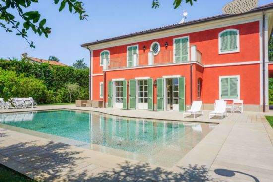 Villa Sweet Tuscany coast : detached villa  for sale  Forte dei Marmi