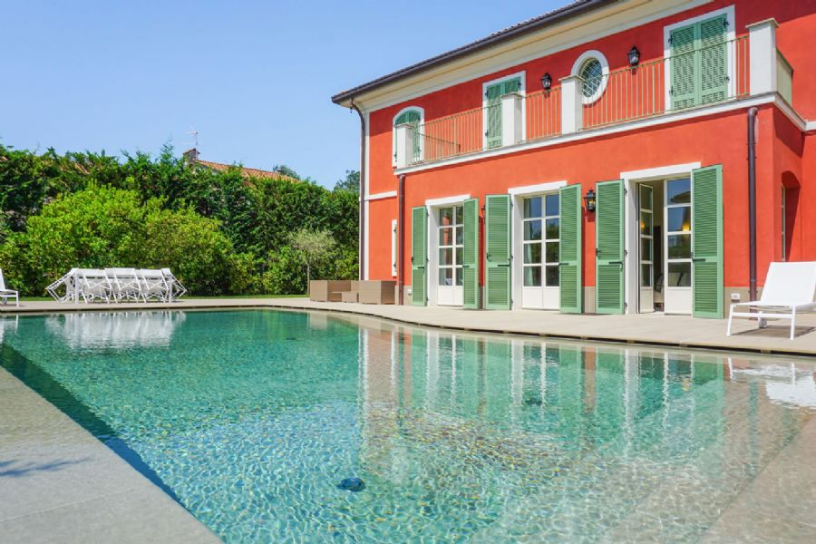 Villa Sweet Tuscany coast : detached villawith pool  for sale Vittoria Apuana Forte dei Marmi