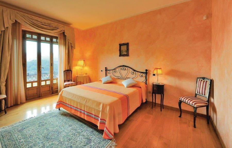 Villa with breaking view in Camaiore : Double room