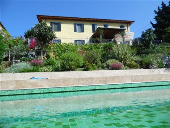 Villa Collina : rustic  For sale  Camaiore