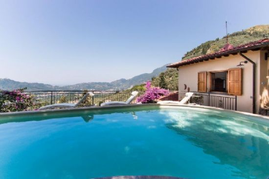 Villa Collina Camaiore : detached villa  For sale  Camaiore